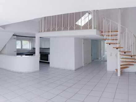 Voll renovierte Dachgeschoss-Maisonettewohnung im Kölner Süden (Stadtteil Rondorf)