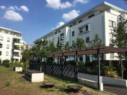 Stilvolle 4-Zimmer-Wohnung mit Balkon und Einbauküche in Frankfurt Am Main