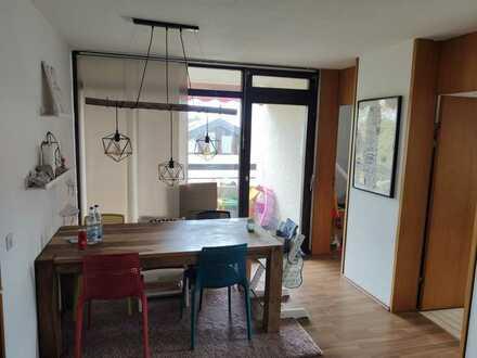 Helle und gepflegte 3,5 Zimmer Wohnung in 73776 Altbach mit gutem Grundriss