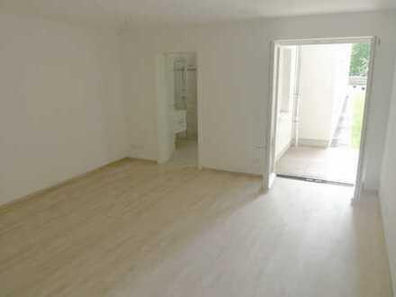 Hochwertige 3-Zimmer-Wohnung mit EBK und Terrasse in TOPLAGE (Altstadt/Seenähe)
