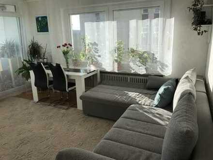 Sonnige gut geschnittene 3-Zimmer Wohnung mit EBK und Balkon in Kaufbeuren