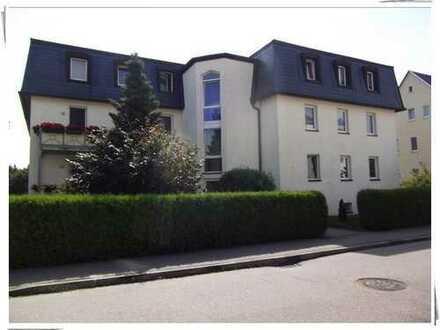 ruhige und gut gelegene 2-Raum-Wohnung im DG in Burgstädt