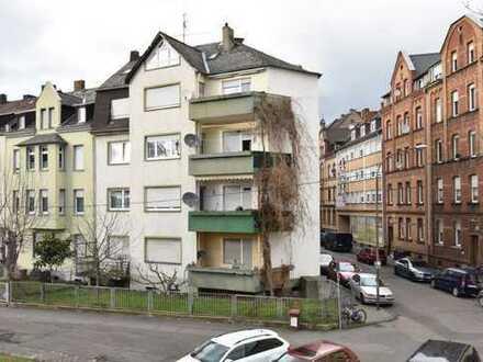 Stadtnah wohnen in Koblenz-Lützel! 4-Zimmerwohnung mit Moselblick