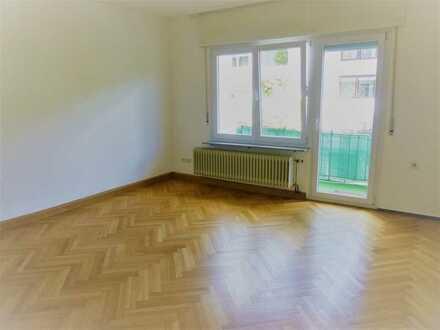 Gut geschnittene 2 Zimmer-Wohnung im Herzen der Stadt !!