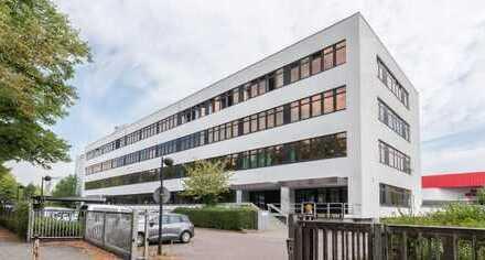 Zentral gelegenes Bürogebäude mit hohem Parkplatzkontingent