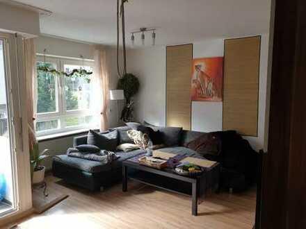 Freundliche 3-Zimmer-Wohnung mit Balkon in Schillerstraße, Calw