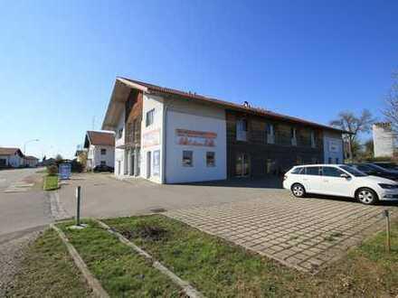 Sehr gute Mieterstruktur u. Mieteinnahmen! Neuwertiges Wohn- und Geschäftshaus, bei Traunreut!