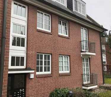 Vermietete 1-Zimmer Wohnung mit TG-Stellplatz im schönen Blankenese!