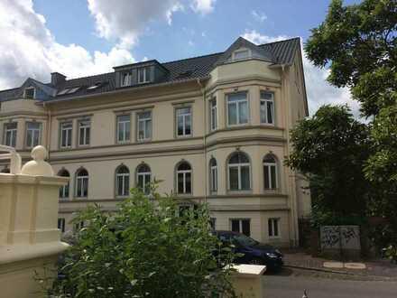 Schöne, geräumige vier Zimmer Wohnung (mit Einliegerwohnung) in Oldenburg