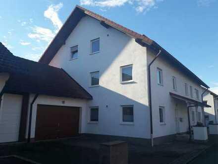 Großzügige Doppelhaushälfte in Lagerlechfeld