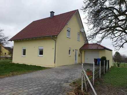 Neuwertiges 5-Zimmer-Einfamilienhaus mit Einbauküche in Maßweiler, Maßweiler