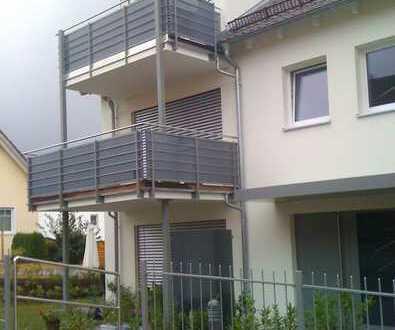 Moderne 2-Zimmer Wohnung mit Balkon und Stellplatz