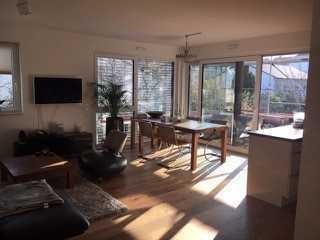 Exklusive Wohnung mit großem 20qm Balkon in zentraler Lage von Weinheim! (Inkl. Einbauküche)