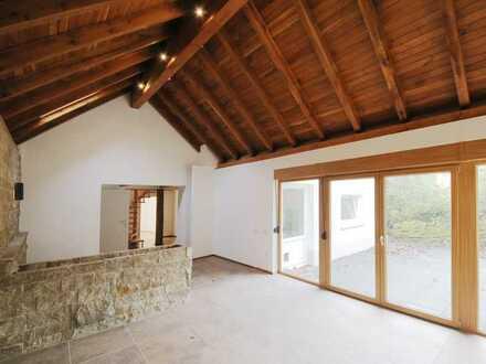 Einzigartige 5-Zimmer-Maisonette-Wohnung mit Garten und Panoramablick