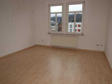Helle 2-Zimmer-Wohnung direkt im Zenrum von Sonneberg, mit Blick auf den Pikoplatz