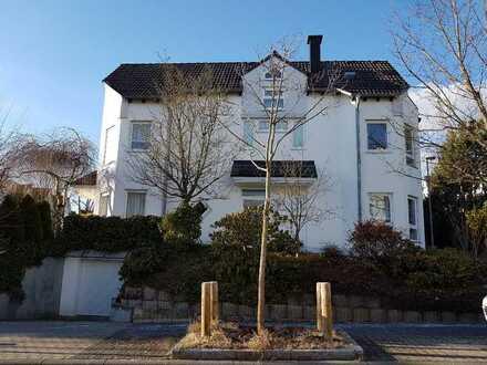 Hochwertig saniertes Reiheneckhaus in Wiesbaden-Sonnenberg