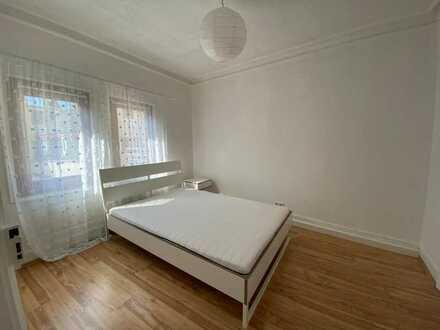 Geschmackvolle Wohnung mit drei Zimmern in Stuttgart