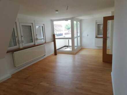 Helle DG-Wohnung mit drei Zimmern sowie Balkon und Einbauküche zentrumsnah in Sigmaringen