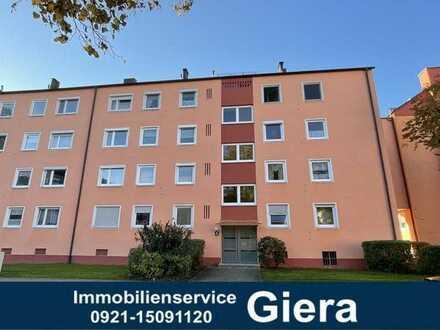 Helle, vermietete 3-Zi.-Wohnung mit Balkon + EBK