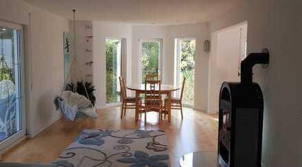 Haus mit Terrasse und Garten, ideal für Paar oder kleine Familie