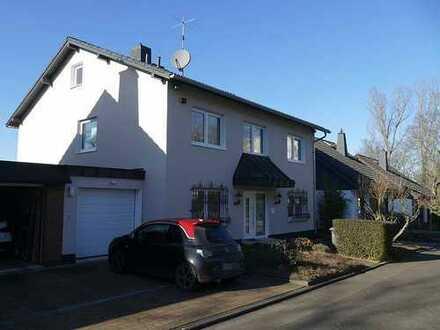 Traumhaftes Haus in Hochheim mit viel Platz!