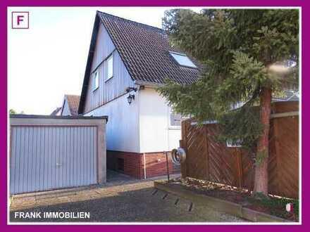 FRANK IMMOBILIEN - Hier finden alle Platz! Großzügiges Einfamilienhaus in ruhiger Lage!