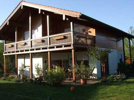 Schönes, geräumiges Haus mit sechs Zimmern in Traunstein (Kreis), Engelsberg