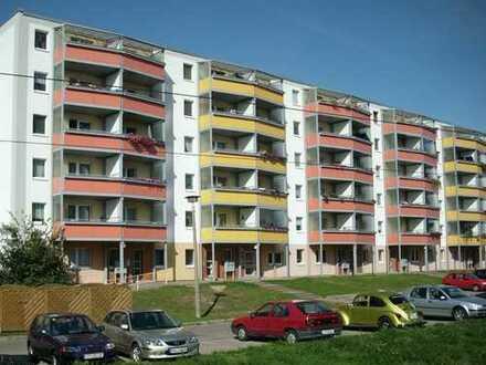 3-Raum-Wohnung mit großem Balkon