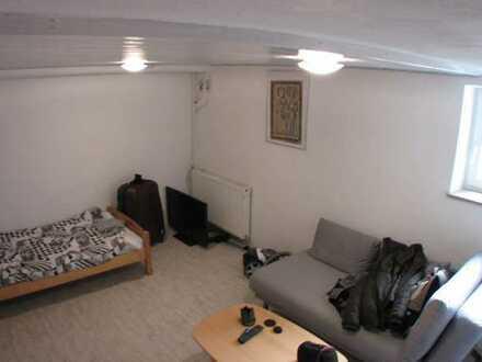 Schöne Ruhige Möblierte 1,5-Zimmer-Wohnung mit EBK in Ingolstadt nähe Zentrum