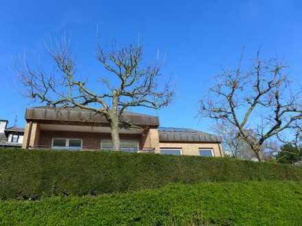 Modernisiertes Einfamilienhaus in ruhiger Lage von Essen-Werden, Natur pur.......