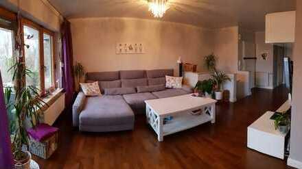 *Franzosenviertel* 3-Zimmer-Maisonette-Wohnung mit Balkon und Garten