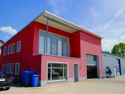 Werkstatt KFZ Demonagebetrieb mit Genehmigung & Bürogebäude zum Vermieten