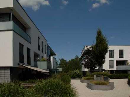 Exklusive 2-Zimmer-Wohnung mit Stellplatz, Balkon und bestechendem Ausblick