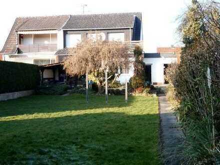 Nur für Investoren, geräumiges Haus in Menden (Sauerland)