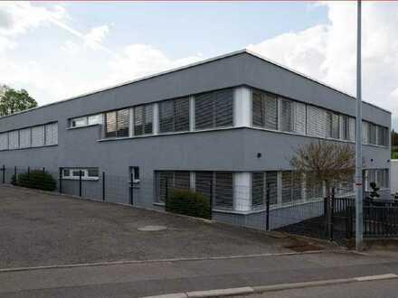 Gewerbeobjekt für Produktion/Lagerung, ca. 1.075 m², inkl. Büro in 71263 Weil der Stadt zu vermieten