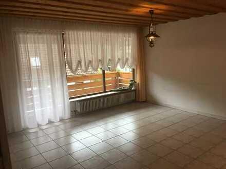 Lichtdurchflutete 4-Zimmer Maissonette Wohnung in Lauterbach