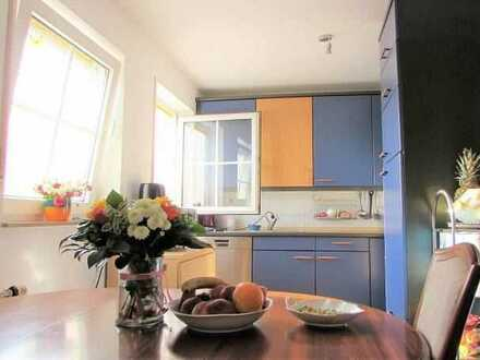 **Familiengerechte Maisonette-Wohnung mit herrlichem Ausblick**