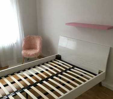 1.200 €, 74 m², 3 Zimmer