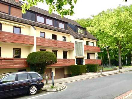 schöne gepflegte 3-ZKB-Wohnung mit Balkon+Einbauküche gegenüber vom Menke-Park in Horn/Oberneuland