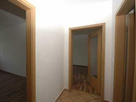4 Zimmer mit Balkon in 4. Etage
