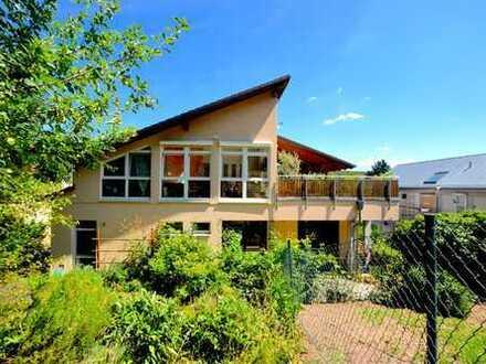 Freistehendes Haus mit Dachterrasse und Garten für Liebhaber!
