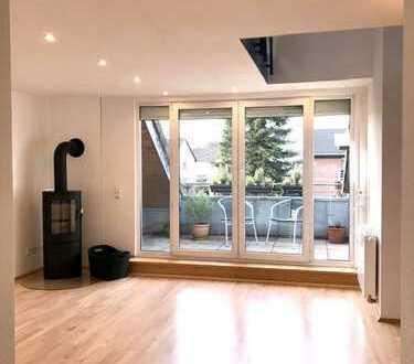 Vollständig renovierte 3-Zimmer-Maisonette-Wohnung mit Kamin, Einbauküche und Balkon in Bonn
