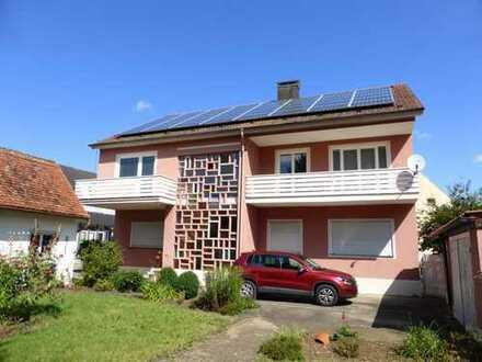 Schöne sechs Zimmer Wohnung mit großem Garten in Weißenburg-Gunzenhausen (Kreis), Markt Berolzheim