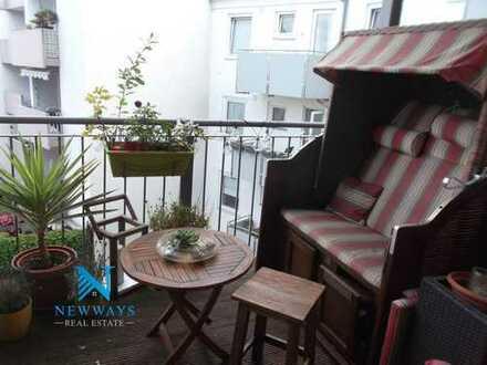 Eigentumswohnung: Traumhafter Blick über den Dächern der Südstadt (5 Zimmer, 2 Balkone)