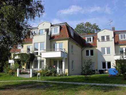 0176 63645852 - helle 2 Zimmerwohnung mit Fußbodenheizung - Gäste WC - Einbauküche