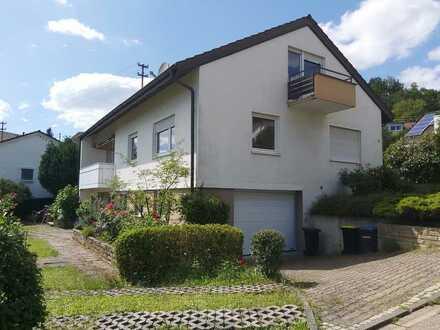 Schönes Einfamilienhaus mit großem Garten und tollem Ausblick in ruhiger Lage zu vermieten!