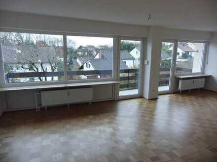 Schöne, helle 3 Zimmer Wohnung 1. OG mit Balkon in Petzmannsberg