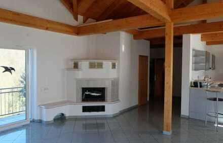Exclusive Penthouse-Wohnung mit Galerie und Balkon, Gartennutzung inkl.