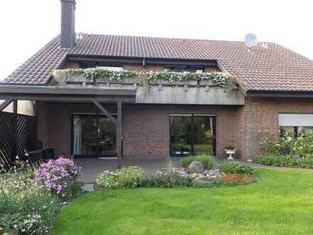 Ein großes, gepflegtes Wohnhaus in schöner Alleinlage in Reken (Kreis Borken)