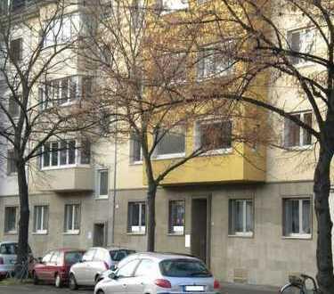 87 m² frisch renovierte helle moderne 3-Zimmer Komfortwohnung in Köln - Braunsfeld